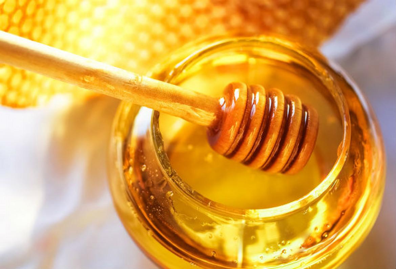 Piling za lice od meda i šećera